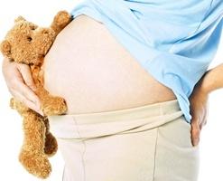 오른쪽으로 눕는 임신부, 사산율 2배